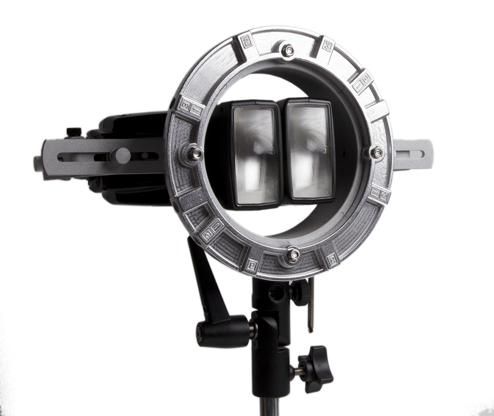 LumoPro LP739 Double Flash Speedring Bracket