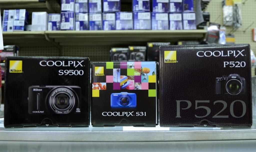 031213-coolpix