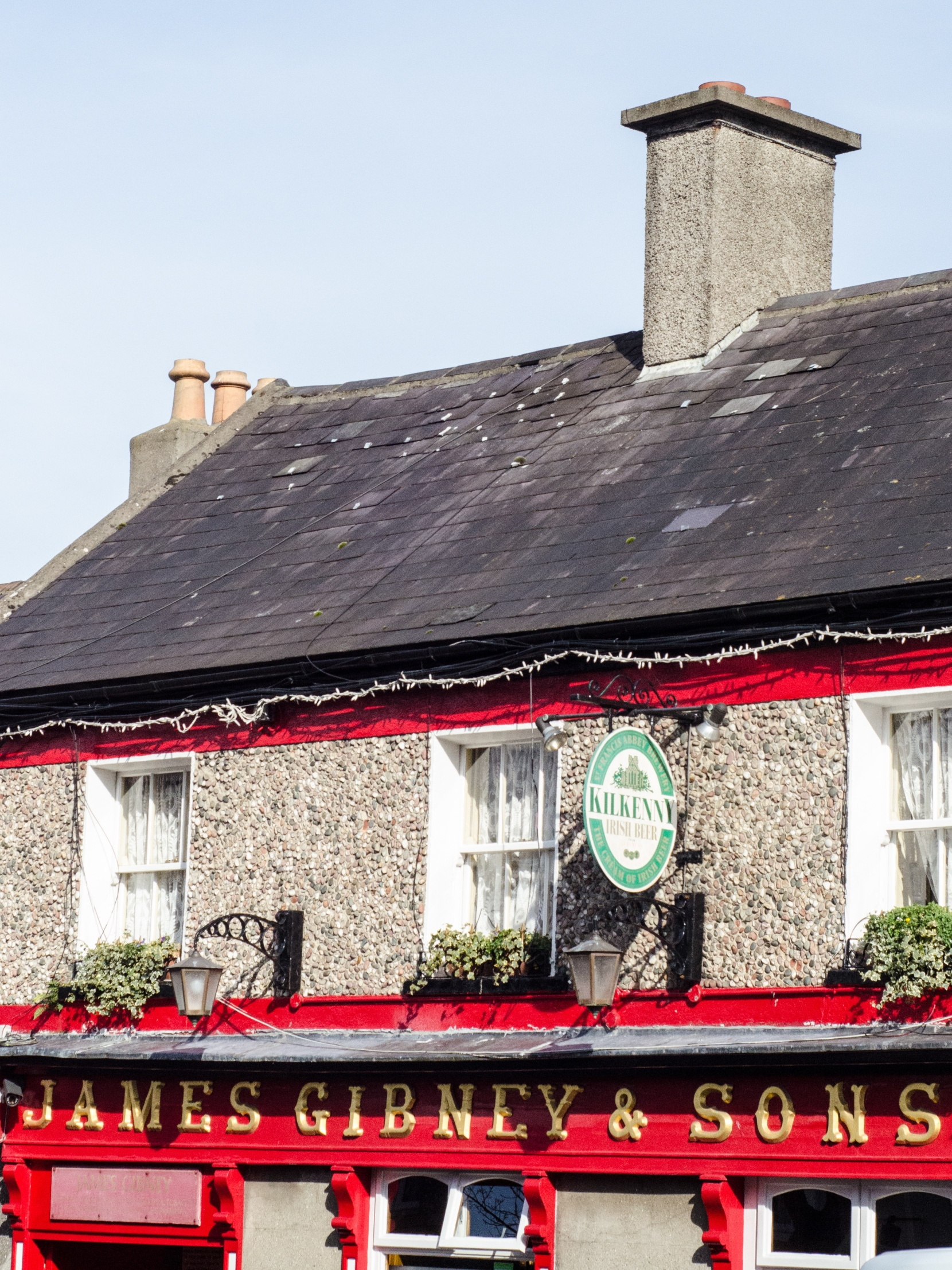 Gibney's Pub- It was frustrating trying to get this image as I was stuck with my 50mm lens again and one angle to shoot at, but I ended up with a shot I wouldn't have otherwise taken.  It made for a more interesting shot rather than an image of the entirety of the building.