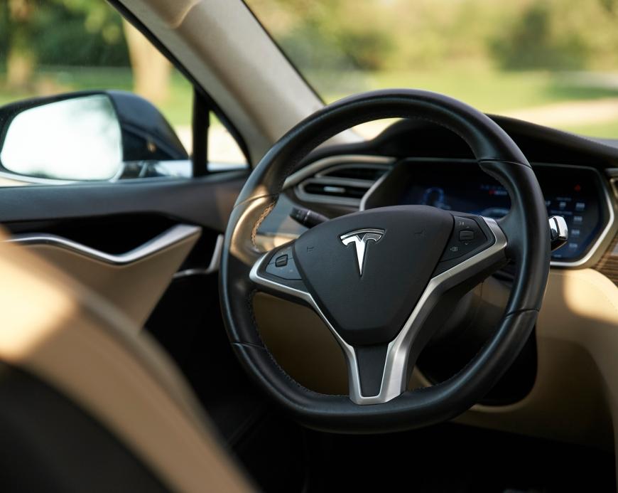 Tamron-24-70-G2-Review-Tesla-Model-S-4